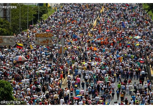 委内瑞拉危机持续延烧,圣座吁请各方以认真且诚恳的谈判解决问题