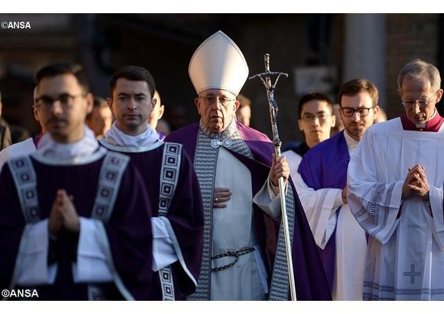 教宗主持圣灰礼仪弥撒:天父伸出双臂等着我们回家