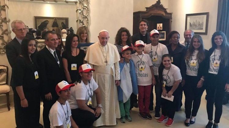巴拿马世青节:教宗会见相遇学校的青年